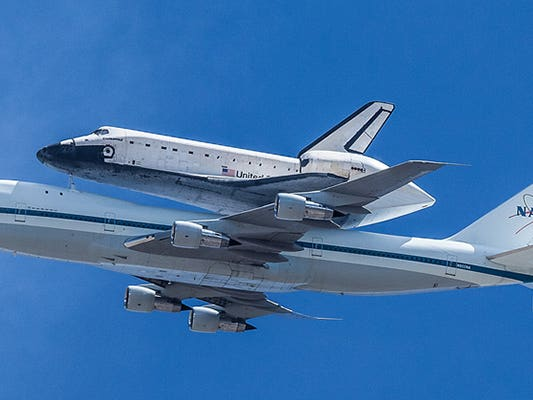 Main image for article titled Space Shuttle Endeavour Arrives in Los Angeles