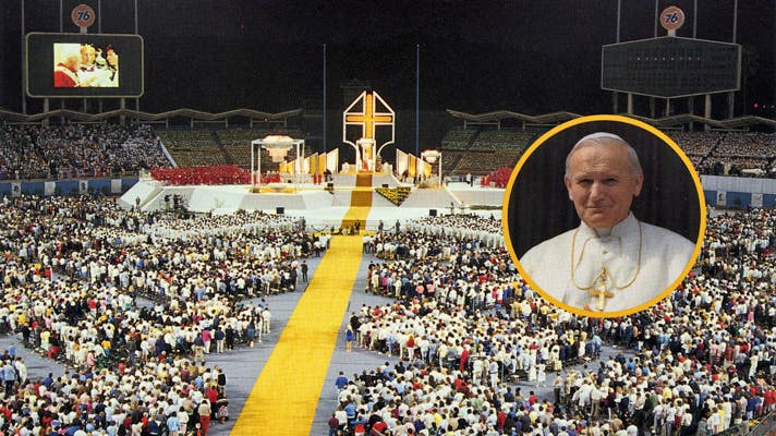 Pope John Paul II at Dodger Stadium | Photo courtesy of Los Angeles Dodgers