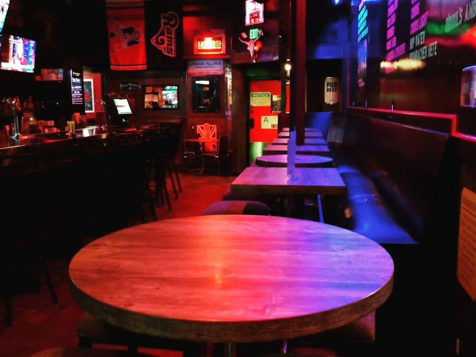 Dirty Bull Tavern