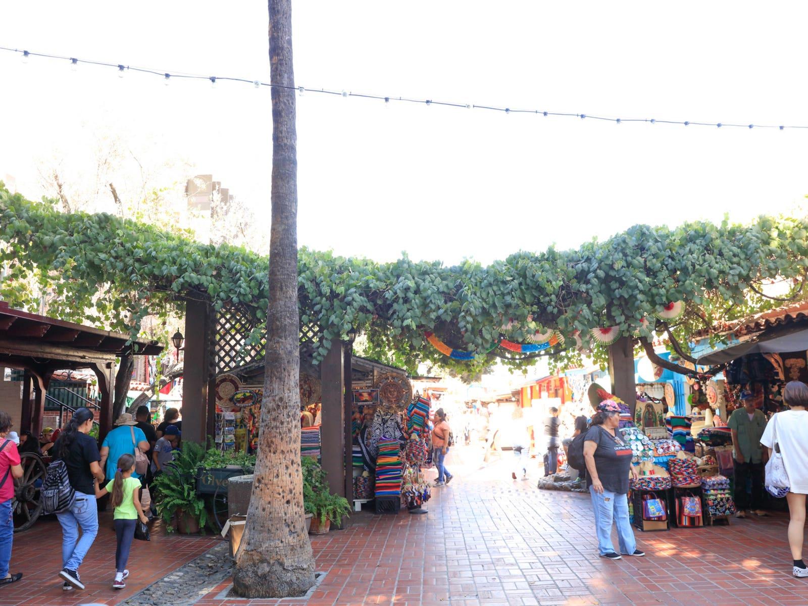 Olvera Street 2