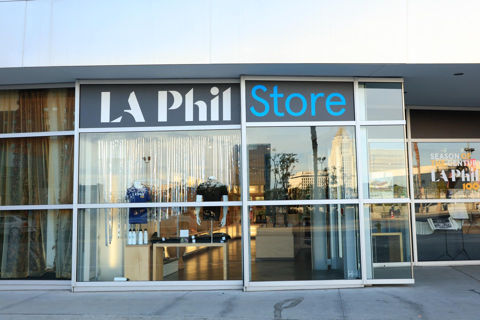 LA PHIL Store, Walt Disney Concert Hall   |  Photo: Yuri Hasegawa