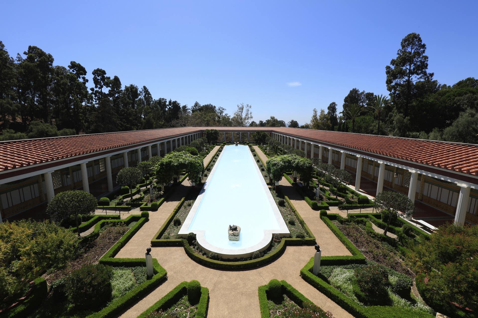 Getty Villa Courtyard      Photo: Yuri Hasegawa