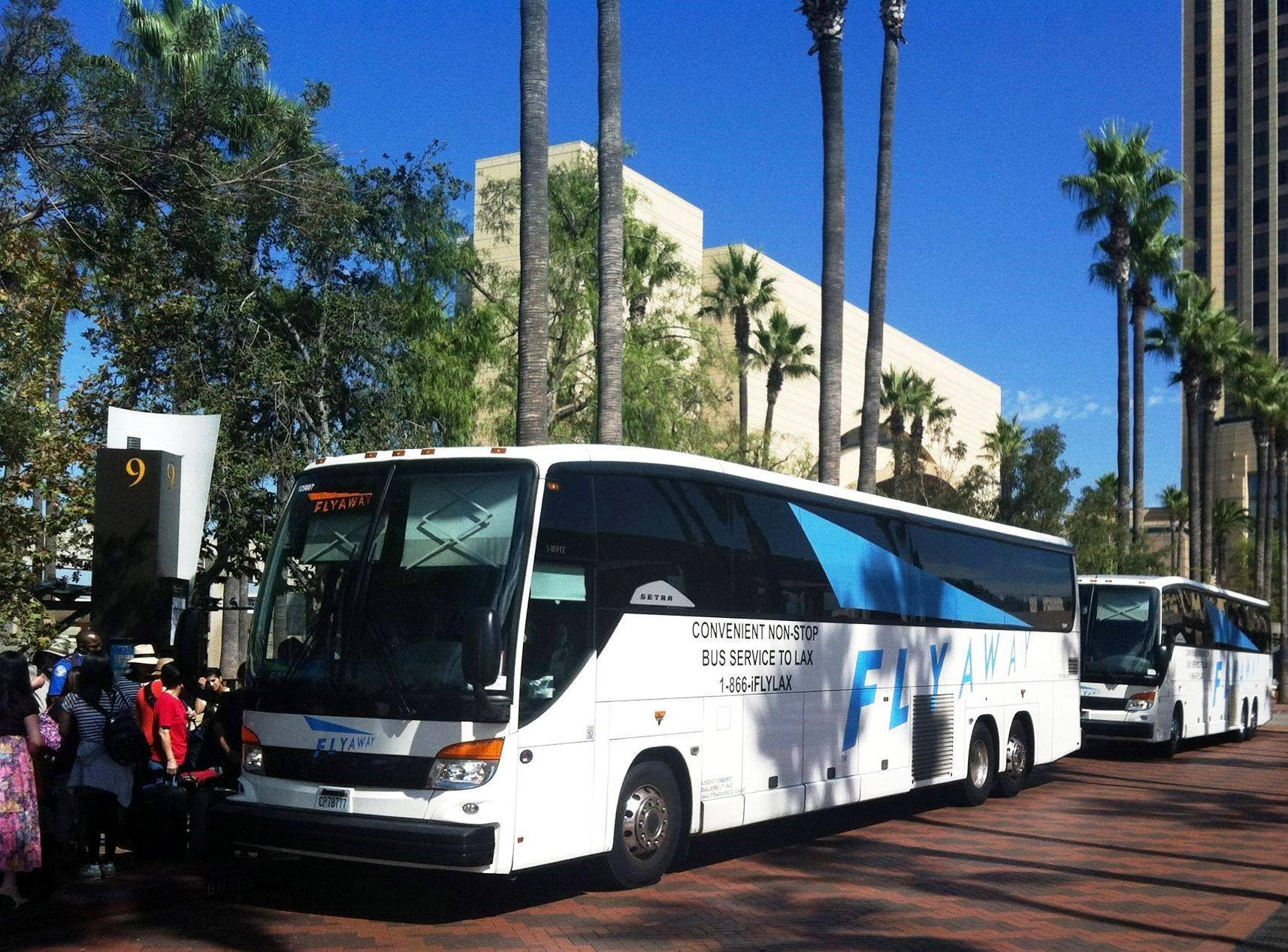 FlyAway Bus at Union Station | Photo: LAX, Facebook