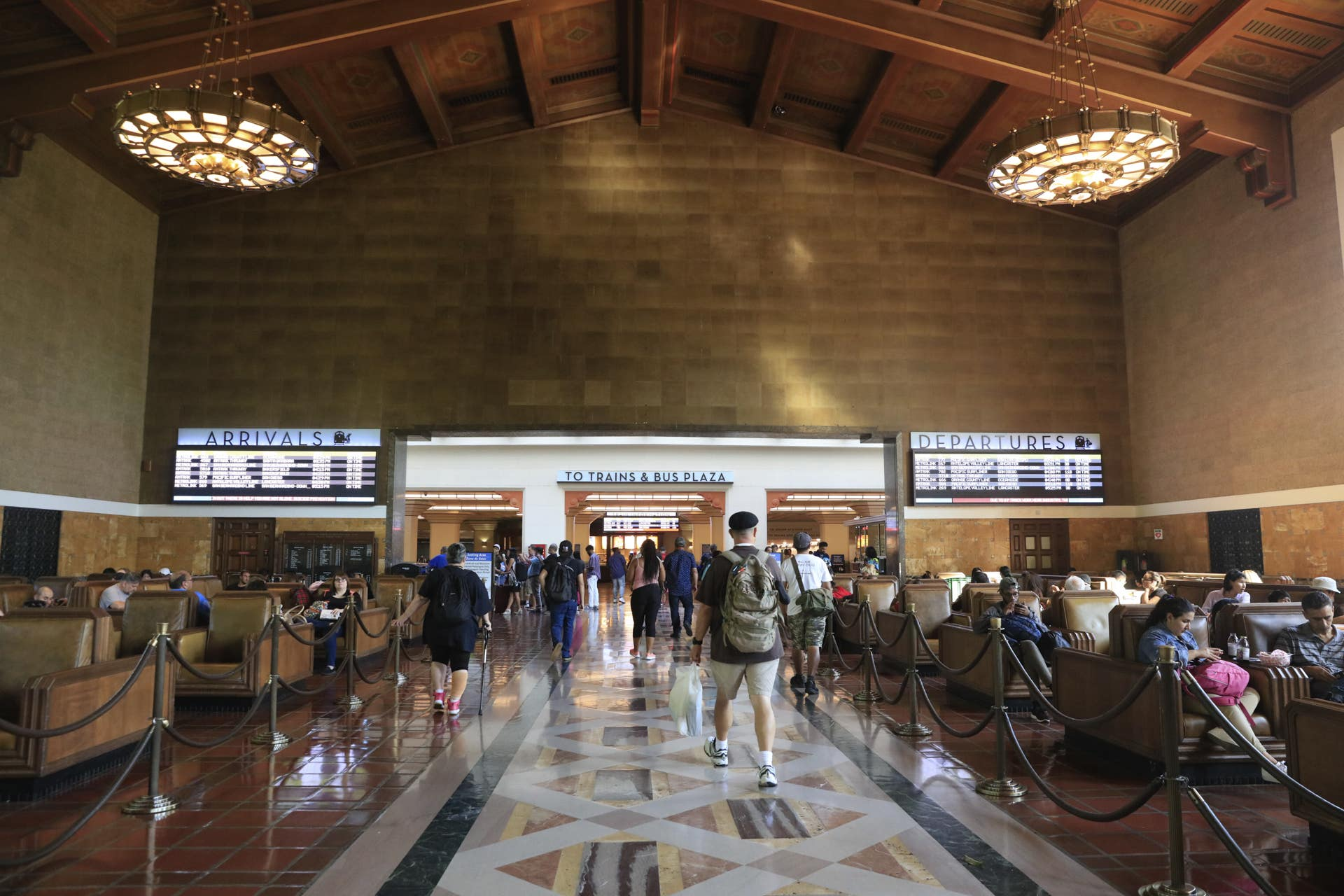 Ticket Concourse, Union Station | Photo: Yuri Hasegawa