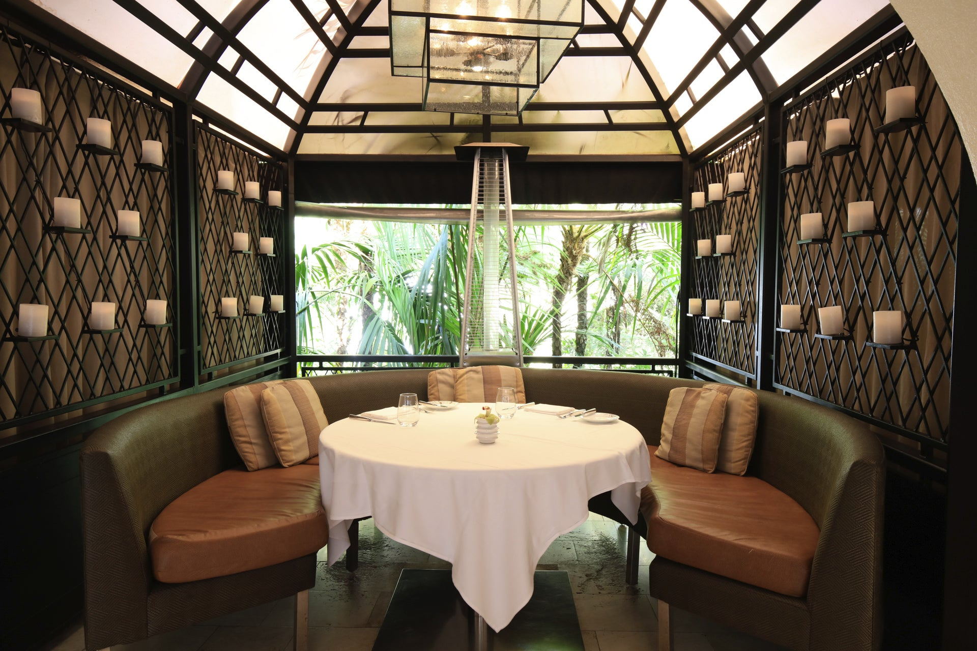 Top Los Angeles Restaurants To Spot A Celebrity Discover