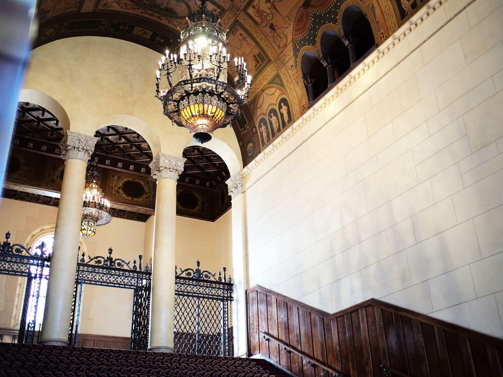 Lobby of The Macarthur