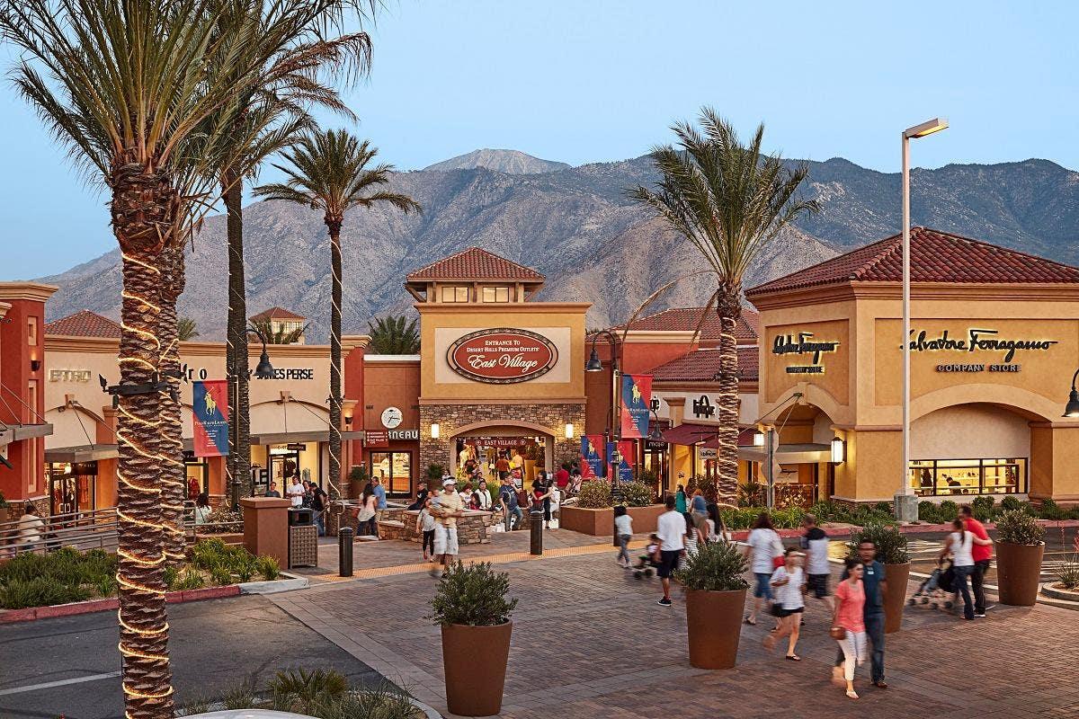 Desert Hills Premium Outlets.jpg