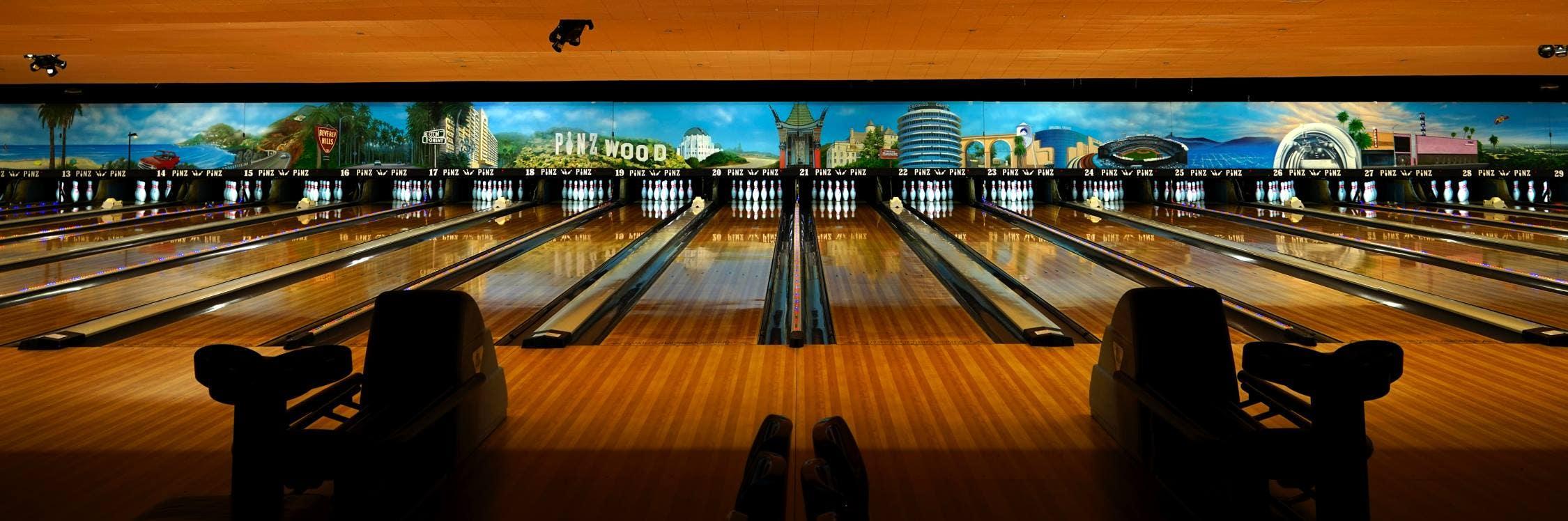 Pinz Bowling Center mural