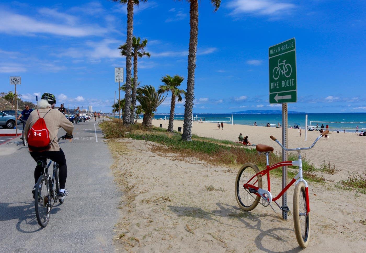 The Marvin Braude Bike Trail at Will Rogers State Beach      Photo: Joshua Johnson