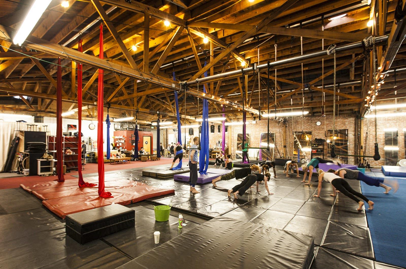 Cirque School Los Angeles