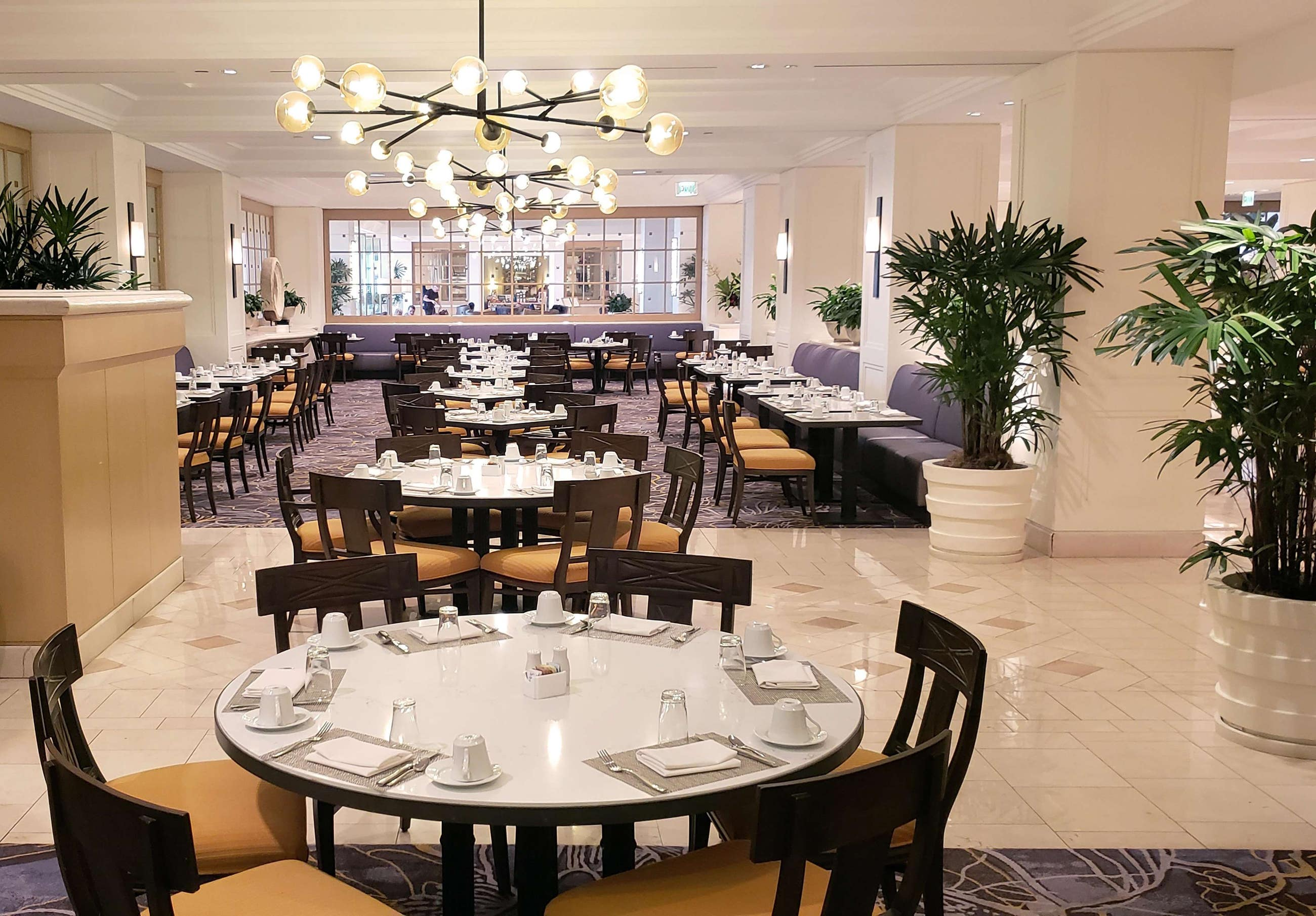 The Café at Hilton Los Angeles Airport