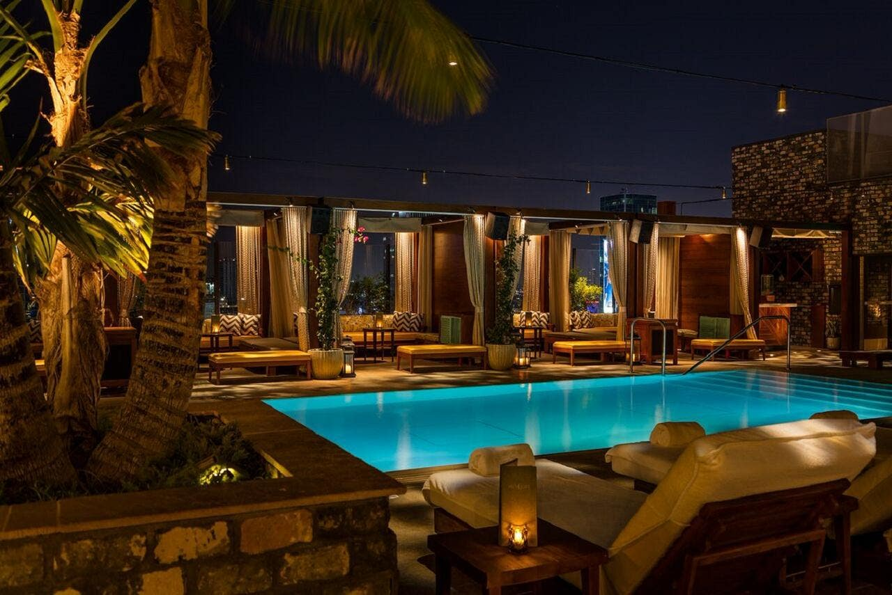 Dream Hollywood Highlight Room pool at night
