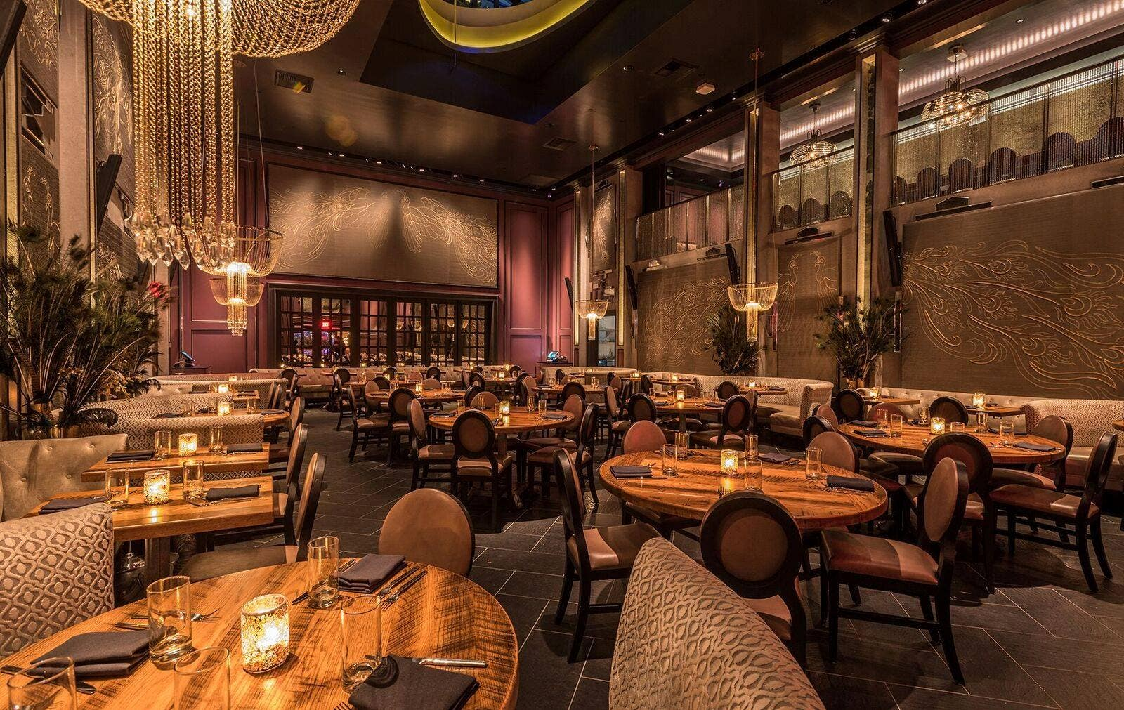 Main dining room at Beauty & Essex Los Angeles in the Dream Hollywood