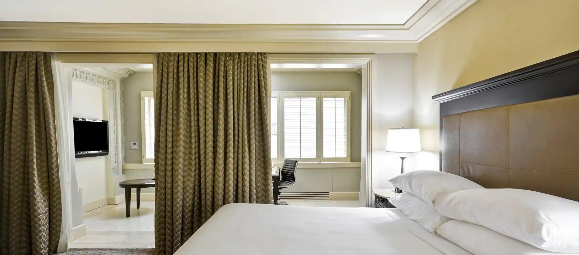 King Bed Junior Suite at Hilton Checkers Los Angeles