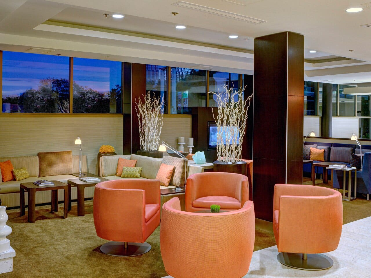 Lobby Lounge at Courtyard by Marriott Century City/Beverly Hills