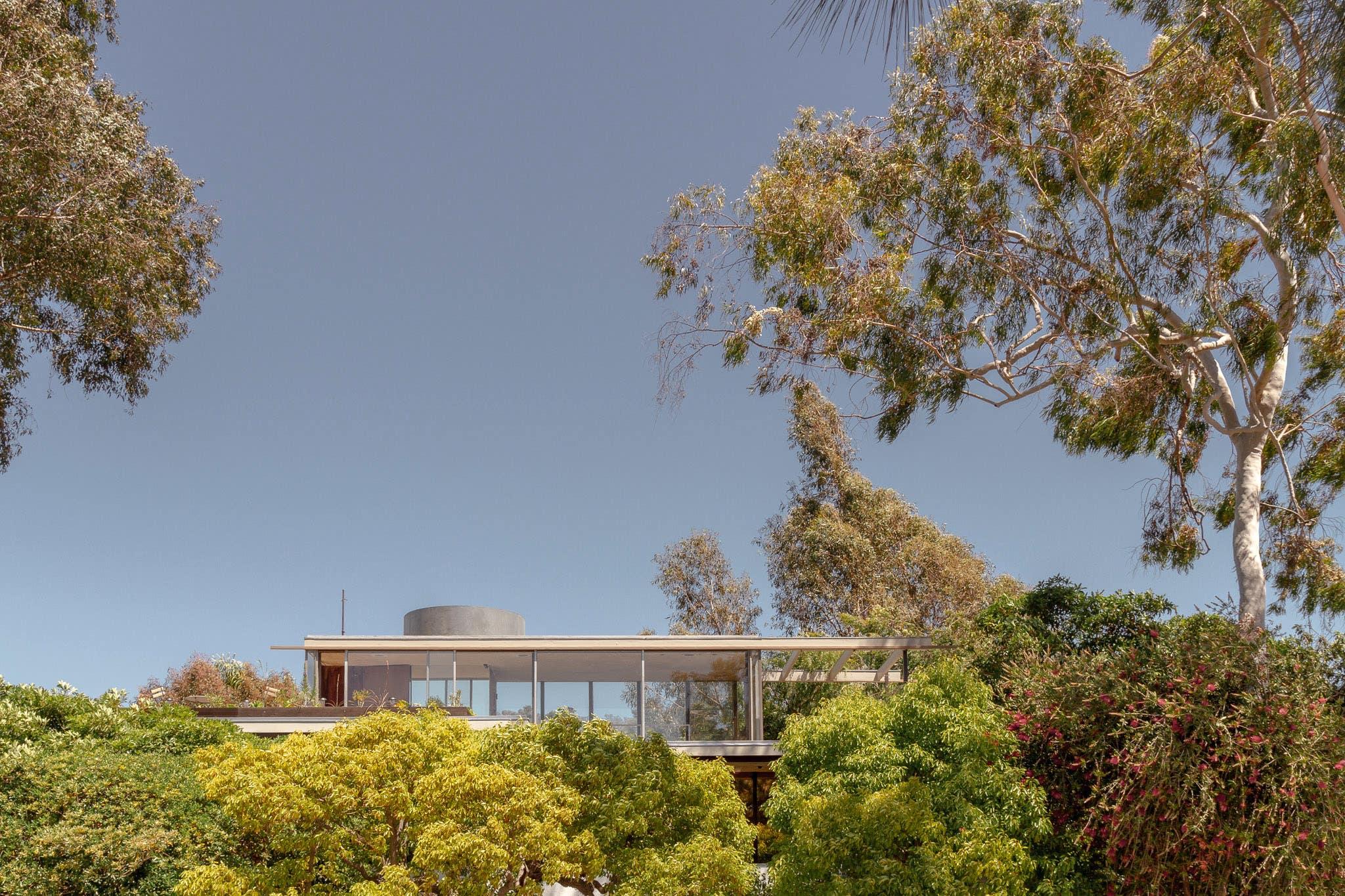 Neutra VDL Studio and Residences