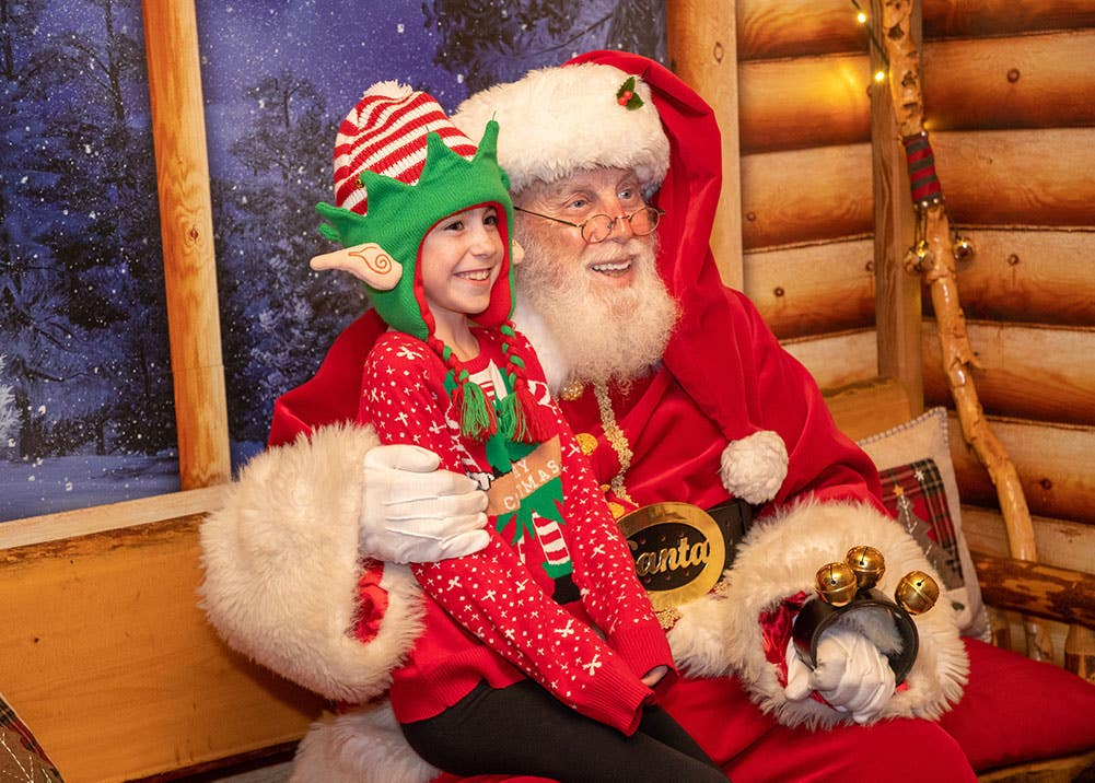 Photo with Santa at the LA Zoo Winter Wild Weekends