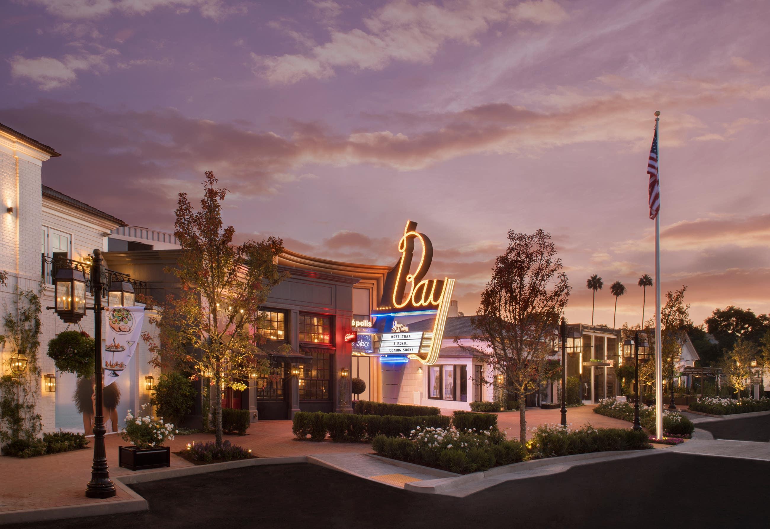 The Bay Theatre by Cinépolis Luxury Cinemas in Palisades Village