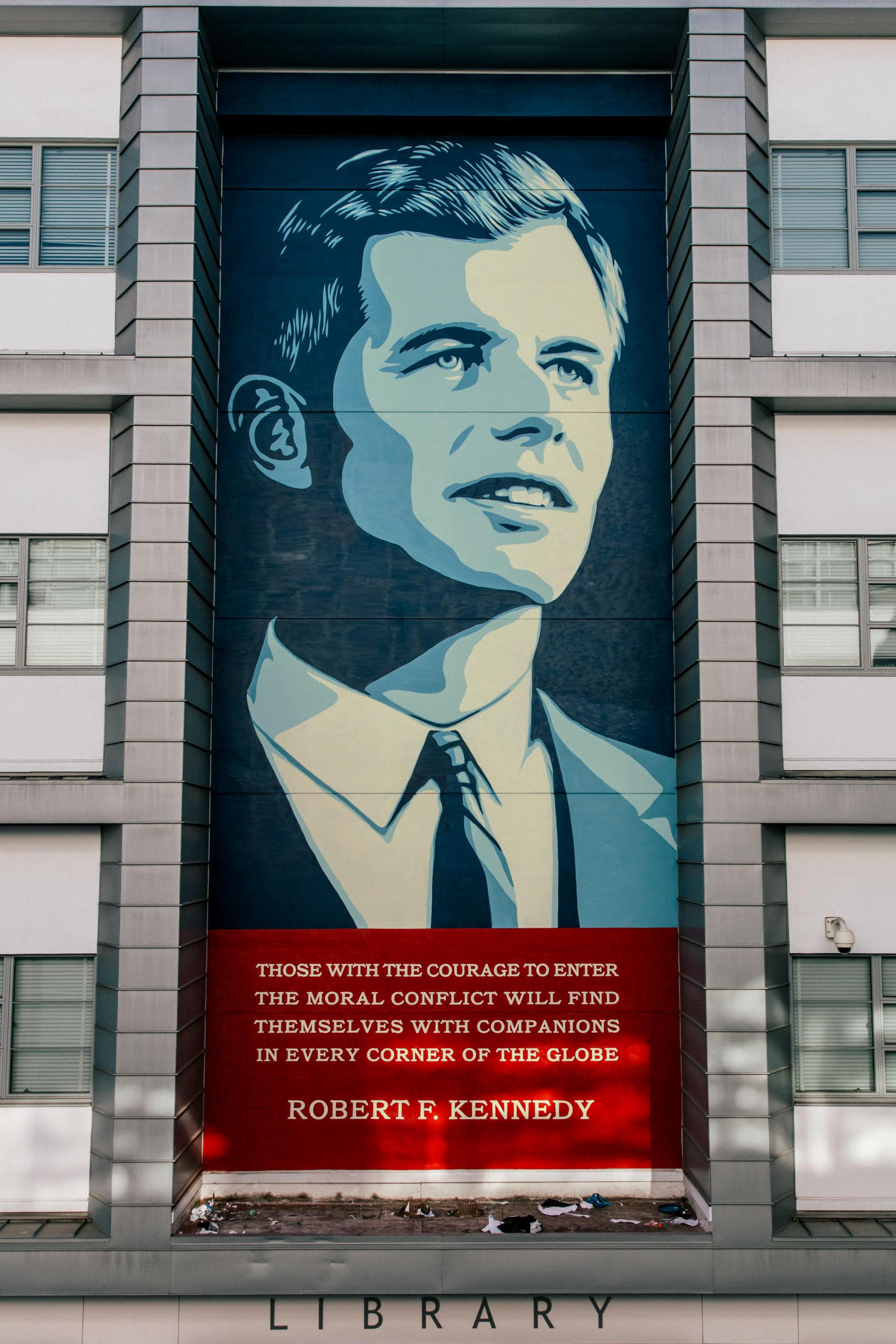 Robert F. Kennedy by Shepard Fairey | Photo: Obey Giant