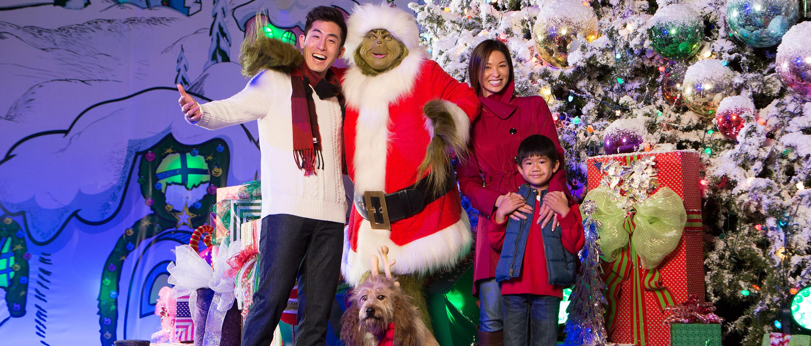 Family photo with The Grinch at Grinchmas in Universal Studios Hollywood