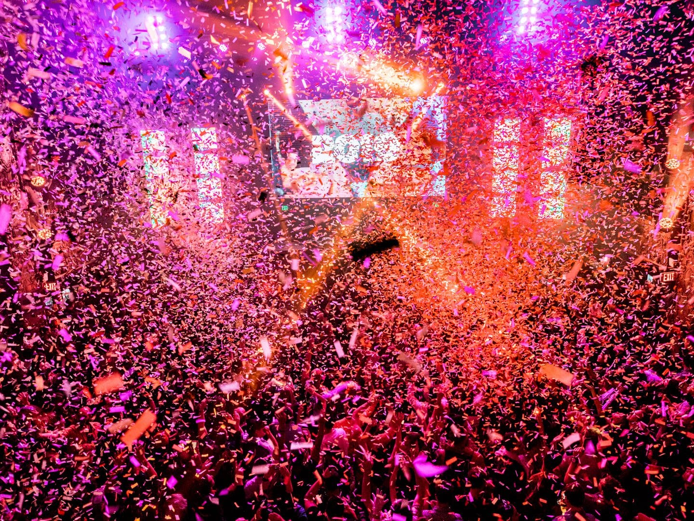 Happy New Year confetti explosion at Minimal Effort NYE 2019
