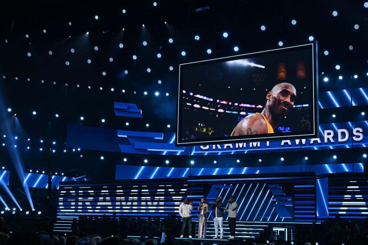 Alicia Keys and Boyz II Men open the 62nd GRAMMY Awards with a music tribute to Kobe Bryant