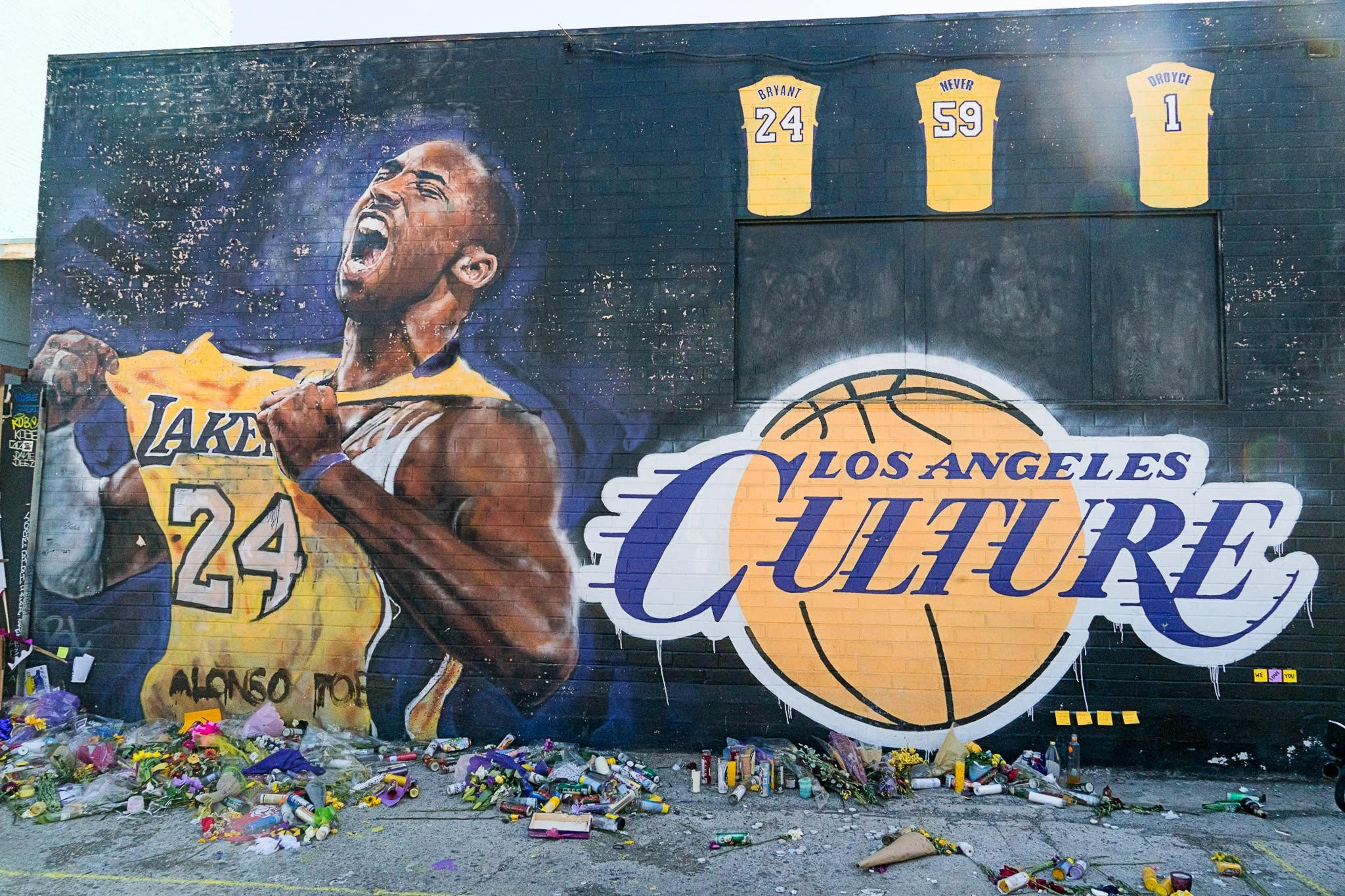 Kobe Bryant mural by Jonas Never on Lebanon Street in Downtown LA