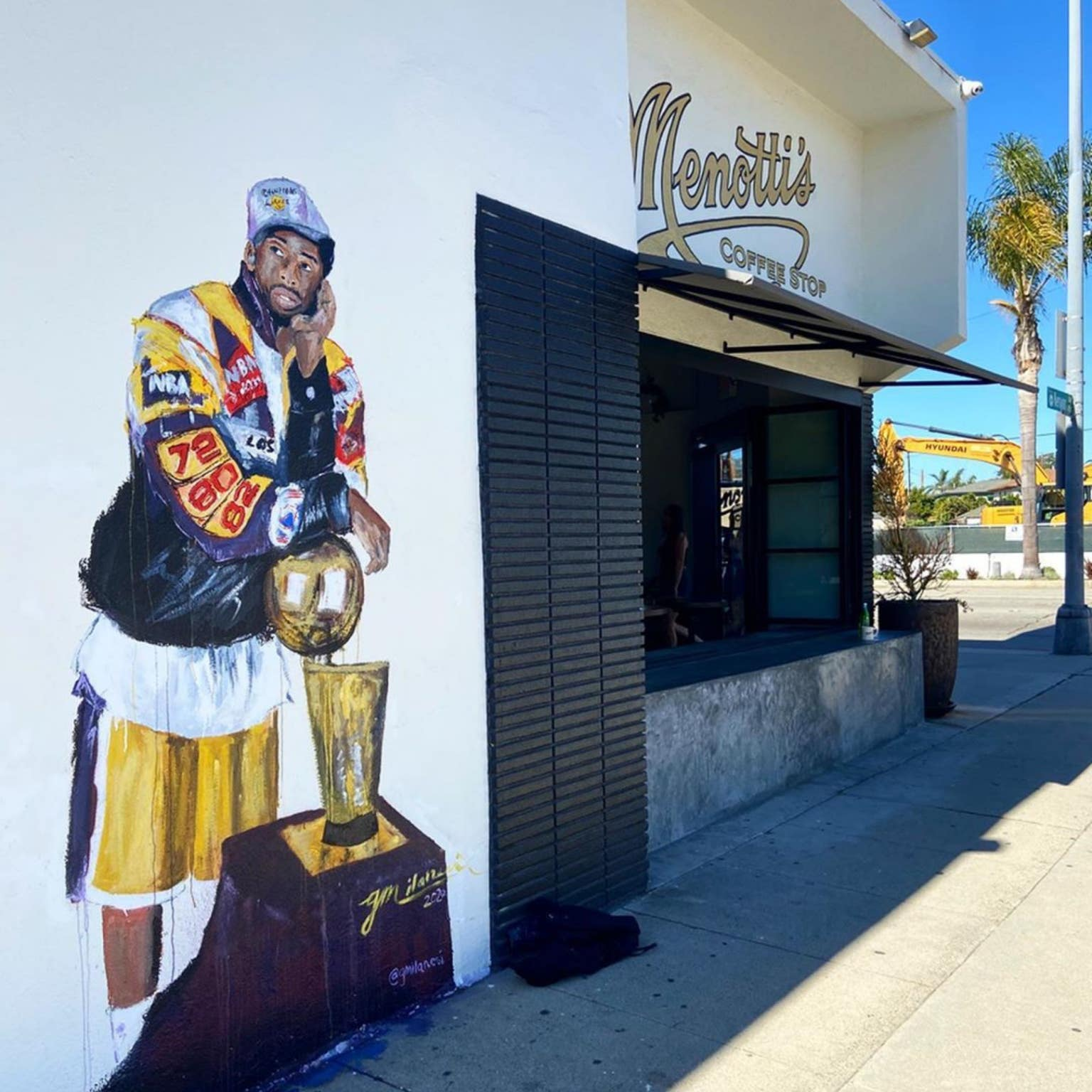 Kobe Bryant mural by Gena Milanesi at Menotti's Coffee Stop in Culver City