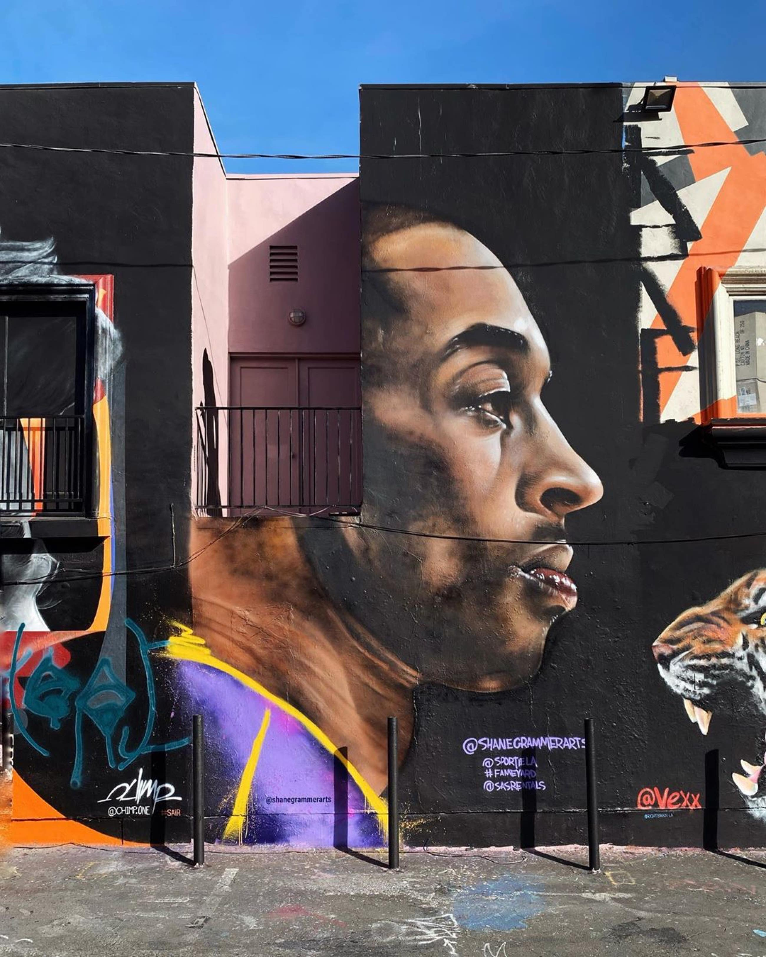 Kobe Bryant mural by Shane Grammer at Sportie LA on Melrose