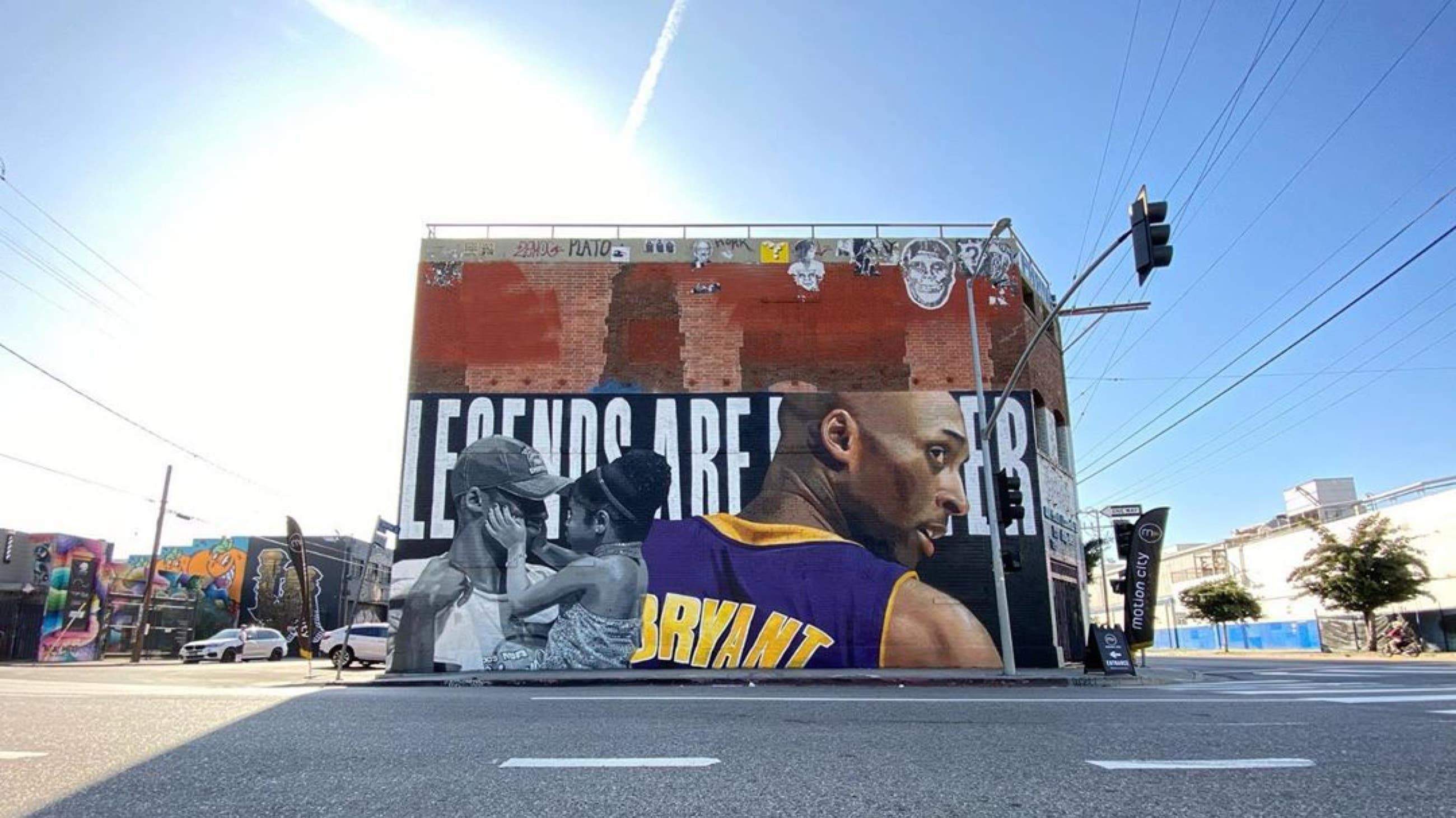 Kobe and Gianna Bryant mural by Chris Chanyang Shim at The Container Yard