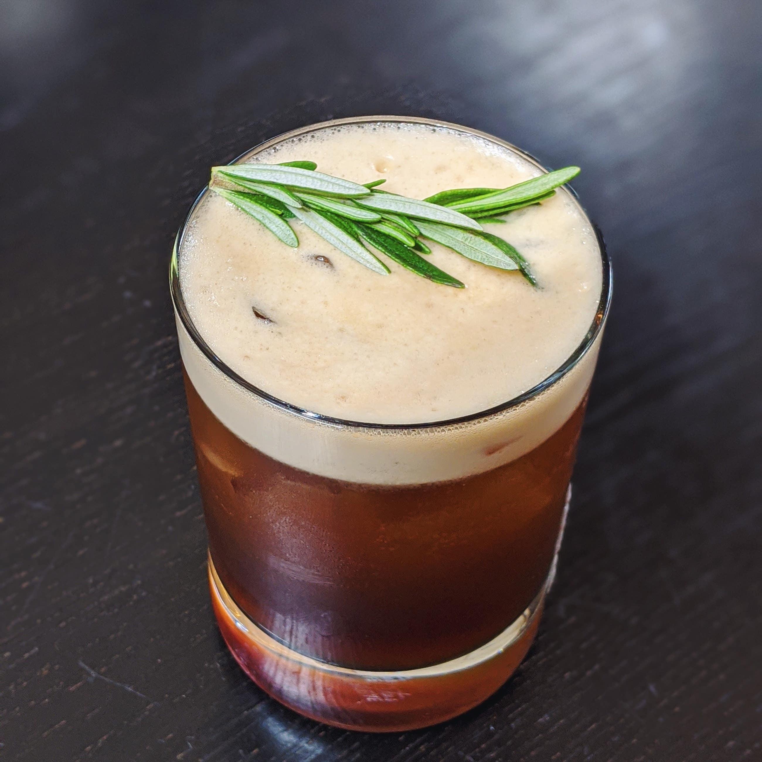 Irish Kiss cocktail at Tavern by Christiaan Röllich
