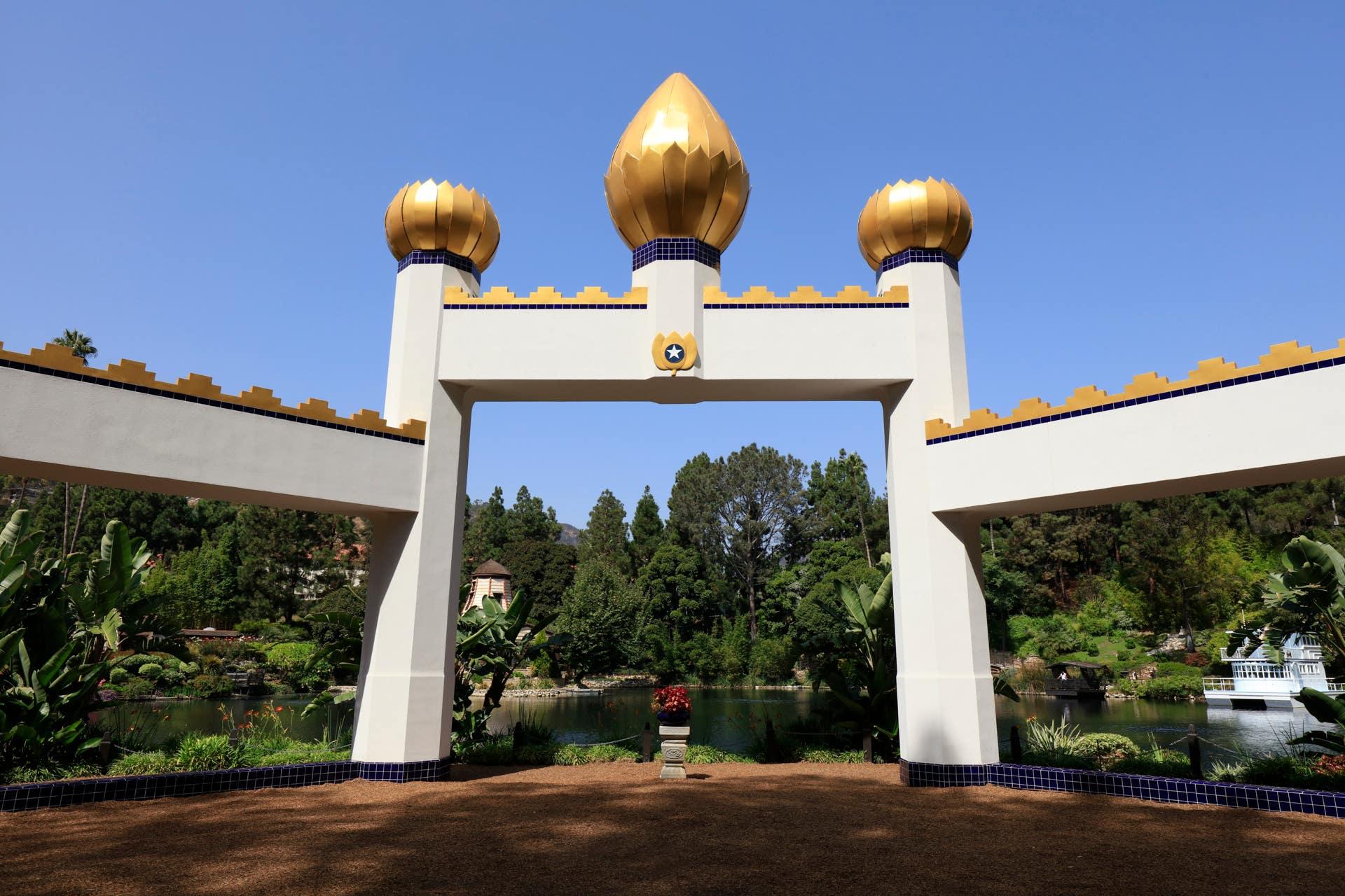 Iconic Golden Lotus Temple at SRLS 2019