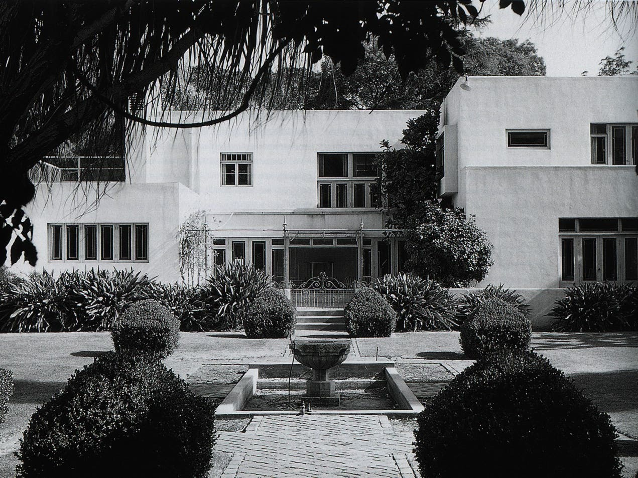 Dodge House, Los Angeles, film by Esther McCoy