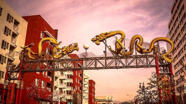 Twin dragon gateway in Chinatown
