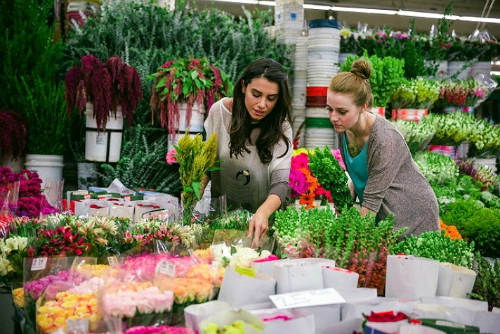 L.A. Flower District | Photo courtesy of L.A. Fashion District, Facebook