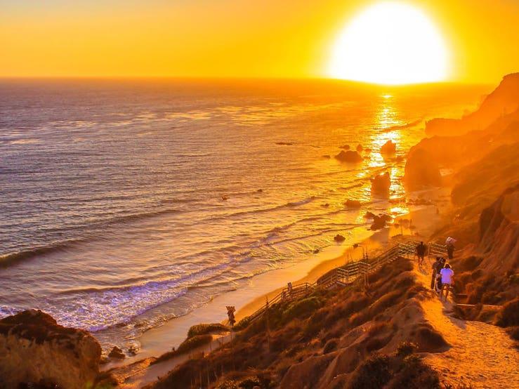 Main image for article titled Os Melhores Lugares Para ver o entardecer em Los Angeles