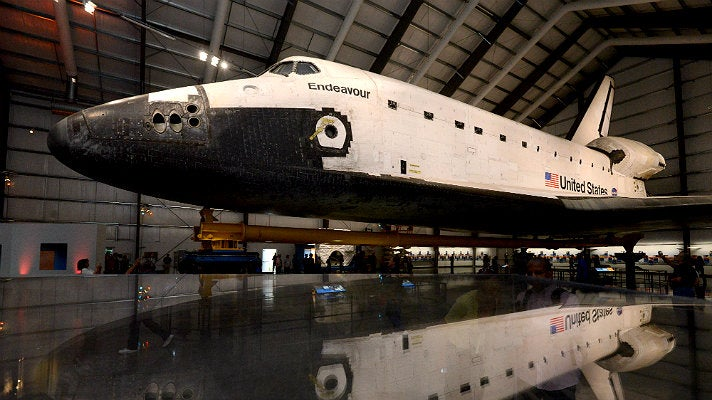 where is endeavour space shuttle right now - photo #2