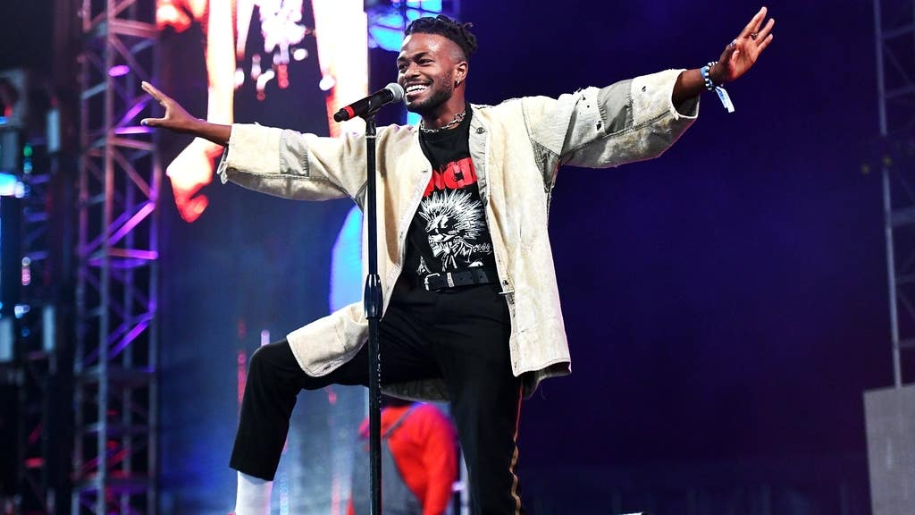 Duckwrth on the Main Stage | Photo courtesy of BET Experience