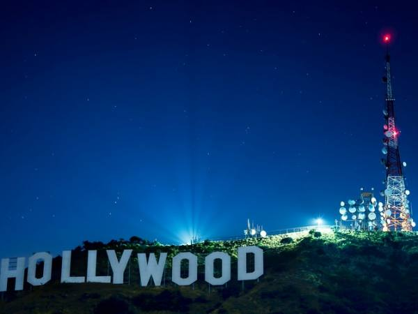 Main image for article titled Conociendo Hollywood