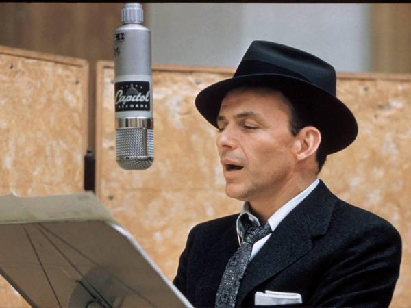Frank Sinatra singing at Capitol Studios
