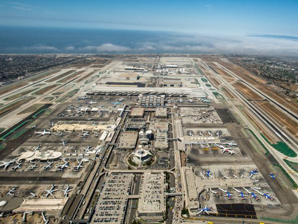 Aerial view of LAX from westward direction | Photo: Nancy-D, Discover Los Angeles Flickr Pool