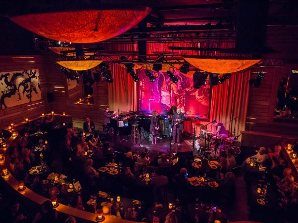 Herb Alpert and Eden Alpert on stage at Vibrato | Photo: Vibrato, Facebook