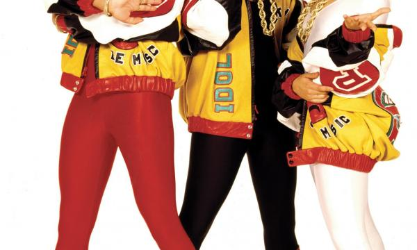 Salt-N-Pepa, from the cover shoot for Shake Your Thang (1987). Photo by Janette Beckman.jpg