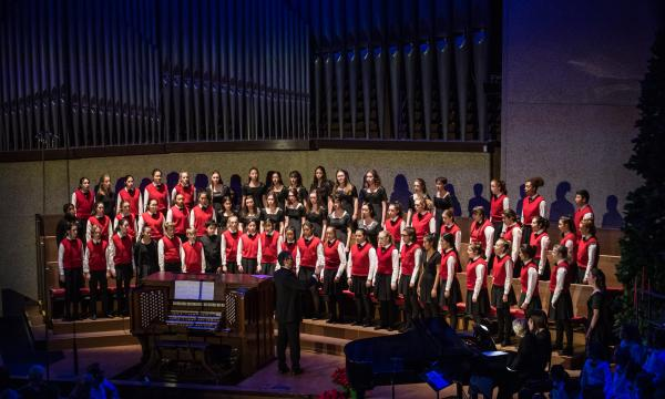 Los Angeles Children's Chorus  photographed by Jamie Pham