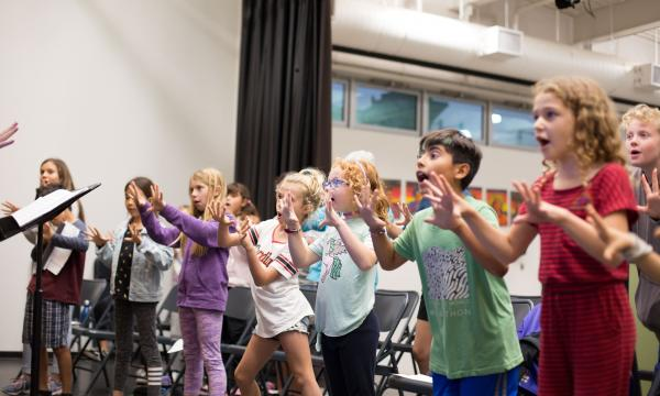 Students rehearse in choir