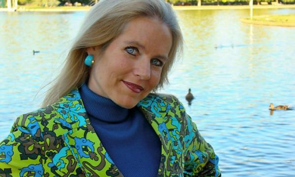 Author and TV star Charlotte Laws is keynote speaker at NAFE