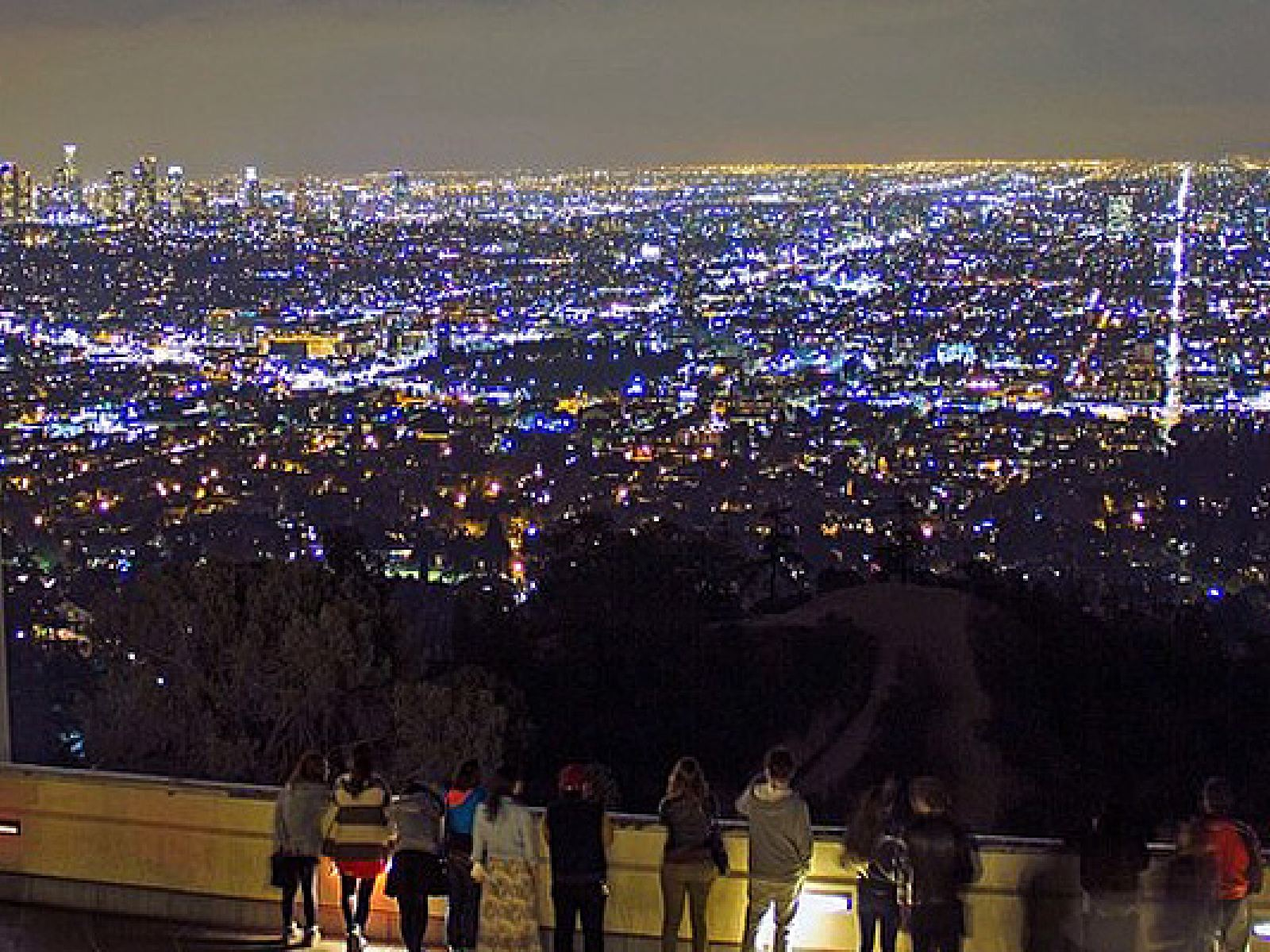 View from the Griffith Observatory | Instagram by @pix4fun1