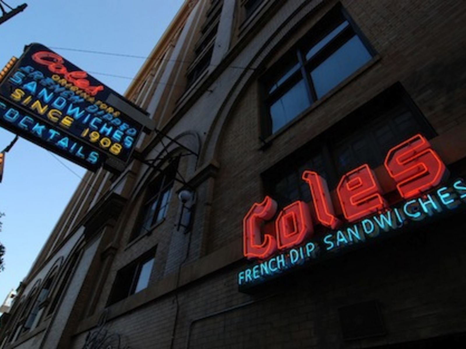 Cole's sign