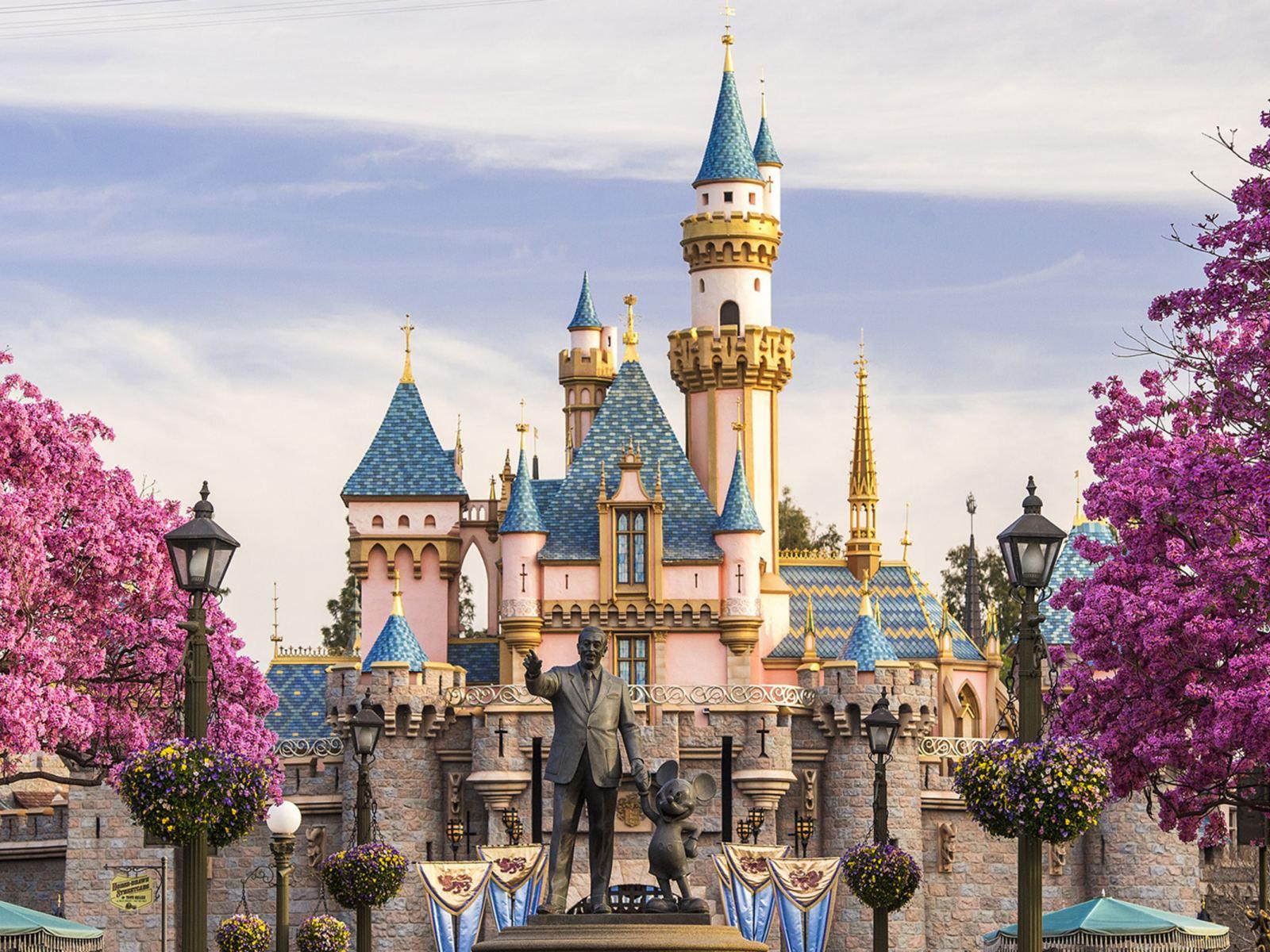 Disneyland Park Discover Los Angeles