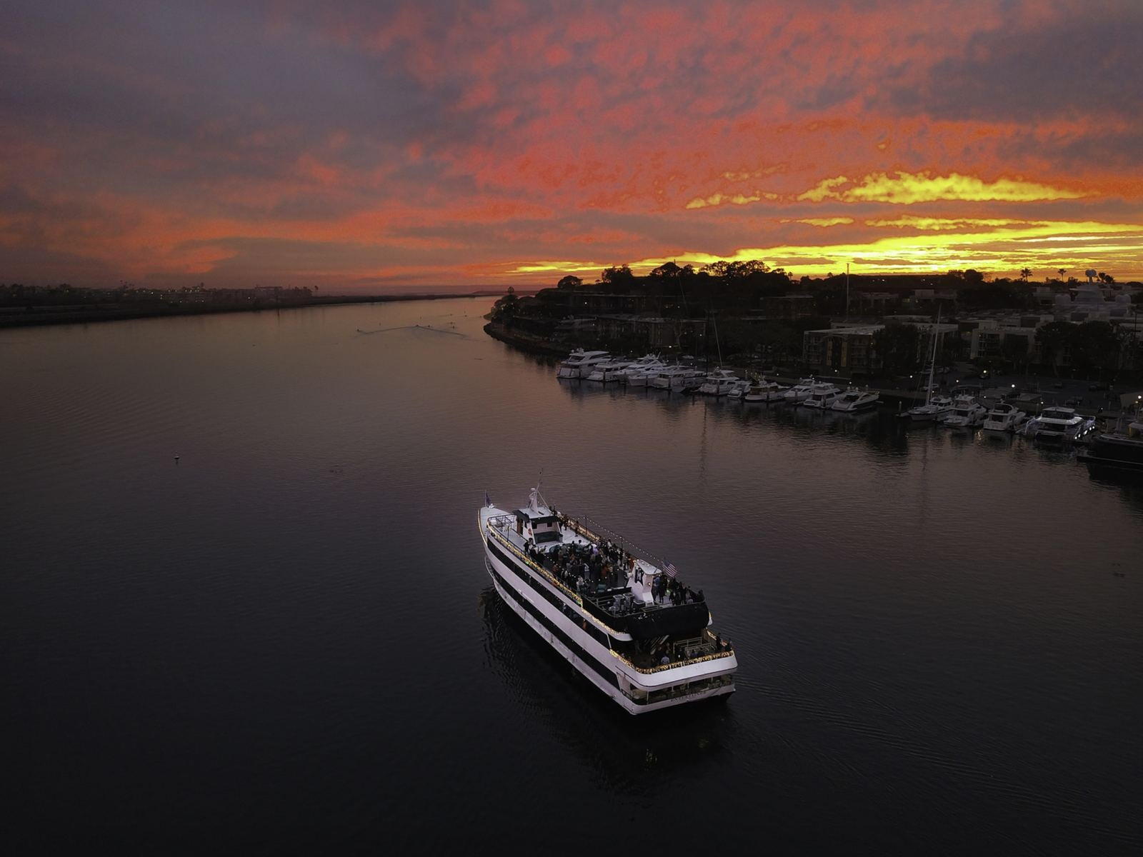 Hornblower Cruises and Events Sunset